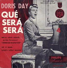 Doris Day: Qué Será Será, 1956 (wolfgraebel) Tags: man vintage fifties singing who piano que will cover be record what whatever much alfred mann hitchcock too platte ever der 1950 viel sera zu knew singen klavier schallplatte sängerin wusste singend zuviel hülle plattenhülle plattenover