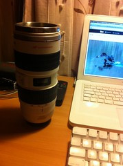 my cup lens, a 1:1 copy of a 70-200 canon l lens (Cristian R. Recabarren M.) Tags: coffee canon lens mug 70200 f28 ef70200 lensmug canoncoffeemug