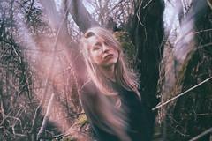 (habologique) Tags: wood portrait woman selfportrait nature girl digital forest self canon woods autoportrait grain lips blonde autoportret canoneos500d