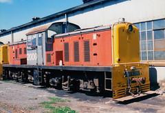 DSC 2000 03/12/1988 Westfield, NZ (DX 5517) Tags: newzealand 2000 westfield switcher shunter bth nzr dsc2000 britishthomsonhouston dscclass britishexportlocomotive westfieldlocodepot