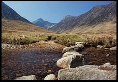 Stepping Stones (zweiblumen) Tags: uk mountains scotland stream alba burn isleofarran polariser glensannox northayrshire eileanarainn canoneos50d zweiblumen photoshopcs4