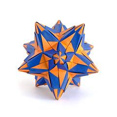 ! #origami #kusudama #paperfolding (_Ekaterina) Tags: blue orange paper origami paperfolding modularorigami kusudama unitorigami ekaterinalukasheva