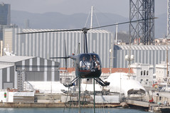 CFR1118 Robinson R44 Raven EC-HTQ (Carlos F1) Tags: nikon d300 lepb helipuerto heliport transporte transport aviacin aviation helicoptero helicopter spotter spotting echtq robinson r44 raven barcelona spain rotorcraft