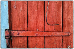 Untitled 00.28 (ViTaRu) Tags: cameraphone door hinge wood old red detail texture colors mobile vintage finland nokia wooden iron pattern cottage structure hook minimalism lumia920