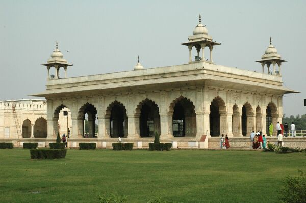 red-fort-complex-10