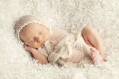 Edward (Dan Cuellar Photography) Tags: sleeping portrait art beauty canon bees alien newborn