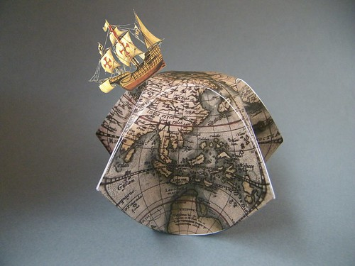 Pentagonal Ortelius Clamshell Box – Philip Chapman-Bell (AKA Oschene)