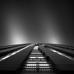 Shape of Light VII - The Red Apple in Rotterdam (Joel Tjintjelaar) Tags: longexposure blackandwhite bw architecture rotterdam ndfilters longexposurephotography blackapple nd110 tjintjelaar joeltjintjelaar blackandwhitefineartphotography architecturallongexposure fineartarchitecturalphotography 16stops redapplerotterdam fineartarchitecture internationalawardwinningphotographer rotterdamarchitectureinblackandwhite architecturallongexposurephotography blackandwhitefineartarchitecturalphotography