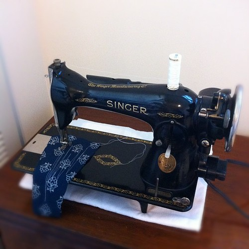 Meet My New Singer 4040 Bits And Bobbins Unique Singer 1591 Sewing Machine