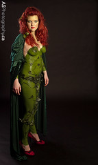 Magestic Poison Ivy in latex body paint (andreas_schneider) Tags: red green leaves comics hair dc vines model shoes paint body ivy wb redhead batman latex cape poison poisonivy umathurman pheromones pieracoppola pamelalillianisley dianepershing
