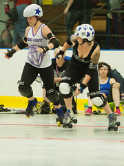 IMG_0431 (clay53012) Tags: ice team track flat arena madison skate roller jam derby league jammer mrd bout flat wftda derby womens track hartmeyer moocon2016