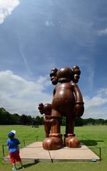 Yorkshire Sculpture Park (Simon Caunt) Tags: park sculpture yorkshire kaws d800 ysp nikoncameras vertorama nikond800 afsnikkor2470mmf28 goodintentions2015