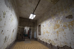 WVP-85 (vaabus) Tags: westvirginia westvirginiastatepenitentiary moundsville haunted spooky spookyplaces cellblocks inmates jail prison penitentiary
