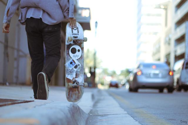 Walking Skater