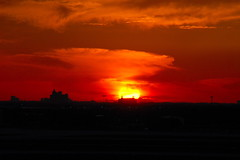 Orlando Sunset (eigjb) Tags: sunset red sky usa sun plane airplane orlando airport colours florida aircraft aviation