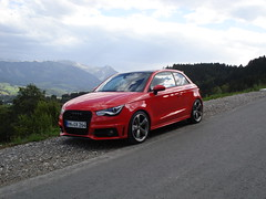 Audi A1 S-Line misanorot in den Allgäuer Alpen 03 (H2O74) Tags: auto red black mountains rot sports car germany rouge bayern deutschland bavaria rojo automobile 14 s ps voiture line h coche r modified a1 tuner tiefer hr alpen audi tuning rood rosso 車 coupe schwarz coupé piranha hn rotor 122 breiter oa roter allgäu sportlich automobil sline pkw blaichach レッド 2011 misano kfz getunt allgäuer kraftfahrzeug tfsi 8x gunzesried distanzscheiben redpiranha misanored misanorot rotorfelgen h2o74 スポーティです スポーツ車 チューニング כוונון