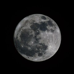 Full Worm Moon: Wednesday, March 7, 2012 (Stephen Little) Tags: moon nature skywatching minoltaaf500mm minolta500mmf8 minoltaaf500mmf8 100offull sonya77 minolta500mm jstephenlittlejr slta77 sonyslta77 sonyslta77v sonyalphaslta77v
