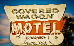 Covered Wagon Motel (TooMuchFire) Tags: signs vintage neon americana canon5d roadsideamerica buenapark theoc neonsigns motels lightroom oldwest oldsigns vintageneon vintageneonsigns oldmotels neonsignage vintagemotelsigns canon5dmarkii coveredwagonmotel toomuchfire orangecountysigns 7830crescentavebuenaparkca