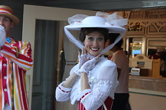 Mary Poppins (Visions Fantastic) Tags: marypoppinsdisney disneylandfacecharacter