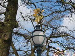 Lion Lamp-post (Mi-Wu) Tags: world park travel paris france lamp its amusement post disneyland small lion visit disney resort lamppost theme february parc itsasmallworld fantasyland 2012 disneylandpark parcdisneyland