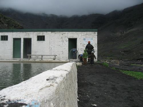 Vestuario de la piscina en Seljavellir