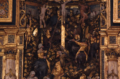 Roskilde, Sjlland, Domkirke, altar, crucifixion, detail (groenling) Tags: wood horse saint denmark soldier cross mary jesus carving unesco altar dk danmark roskilde crucifixion woodcarving worldheritage goldleaf domkirke magdalene sjlland