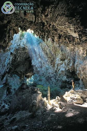 Cavernas -  espalhadas pelo mundo 6920451597_d973460252