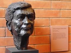 National Portrait Gallery 024 (byronv2) Tags: sculpture museum scotland edinburgh gallery bust poet newtown queenstreet nationalportraitgallery makar scottishnationalportraitgallery edwinmorgan