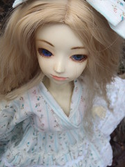 A Blustery Day (Picklesbird) Tags: angel ball asian doll dream windy fei bjd - 6962826995_cc8e6bf3e4_m