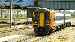 S0654204 (John W. Davies) Tags: fcc toaster shed trains 66 freighttrains 365 grandcentral 70 emt peterborough freight trainspotting containers sheds eastcoast fea sky1 hst freightliner dmu skyone class66 highspeedtrain ews ecml class180 class43 class317 class91 class158 class170 firstcapitalconnect pbo class365 class321 gbrf class70 containertrains eastmidlandstrains eastcoasttrains photting freightdivert hullfirsttrains skylivery skyclass91 class91sky