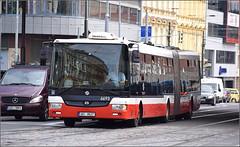 SOR NB18 CITY Articulated bus (6693) - Prague, Czech Republic (paulburr73) Tags: street city urban bus june prague transport praha transit czechrepublic cz easteurope dpp articulated sor staremesto 2016 florenc 6693 lowfloor bendibus nb18 companysorlibchavyspol