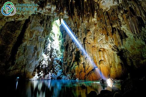 Cavernas -  espalhadas pelo mundo 6774333514_a028fdd566
