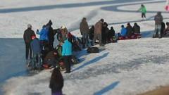 Schaatstocht op de Binnenschelde (Duevel) Tags: netherlands start miniature timelapse boulevard bergenopzoom miniatuur binnenschelde tinyworld skatingtour eerstepoging schaatstocht zenuwachtiggedoe schaatsenaan startdoekophangen moeteigenlijknogeenzenuwenmuziekjeonder