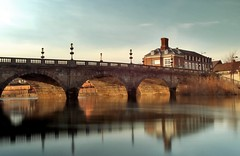 Welsh Bridge over River Severn (Serge Freeman) Tags: uk bridge england house building water architecture reflections river evening shrewsbury ndfilter