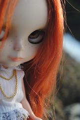 Denev (aqualuna_blythe) Tags: red factory ooak blythe custom haired takara veneno ninia sugarmag keurs prarieposie wwwinikafordollscom inikablythe frecklesfreckledhatcasual