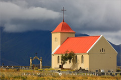 Church at Kolbeinsstadhir - Iceland (~ Floydian ~ ) Tags: building church nature canon landscape landscapes iceland scenery europe seasons cross cemetary religion churches chapel meijer kirkjur henk kirkja snaefellsnes floydian proframe proframephotography vesturland canoneos1dsmarkiii henkmeijer kolbeinsstadhir kolbeinsstadir