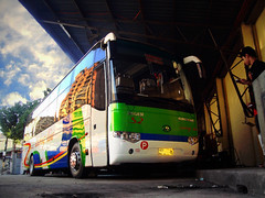 Isarog Line Express Transport - S2 (B.R.0017) Tags: bus industry long king suzhou phil diesel united transport automotive line motors company co express society ltd hino s2 turbocharged philippine enthusiasts ilet kinglong v92 higer straight6 isarog philbes klq6129 v92w j08e klq6129qwe3 klq6122 lklr1ksm j08eut