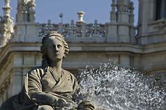La Cibeles. Madrid (emeritense) Tags: madrid agua manzana fuente zeus carro cibeles llave atalanta oro diosa leones santuario cazadora afrodita pandereta hespérides hipómenes