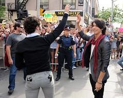 Jonas Brothers (Bulge&Suit Lover) Tags: gay hot crotch suit traje bulge bulto