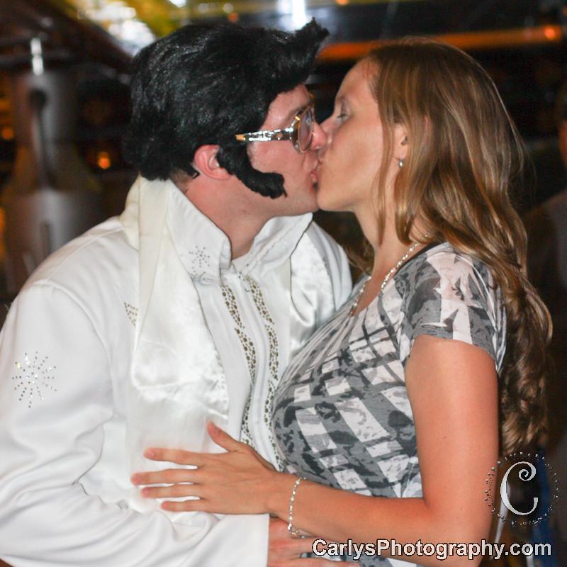 Elvis-3.jpg