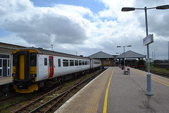Abellio Greater Anglia Super Sprinter 156407 (Will Swain) Tags: great yarmouth station 14th may 2016 train trains rail railway railways transport travel uk britain vehicle vehicles england english class 156 sprinter abellio greater anglia 156407 aga norwich 1317 super