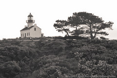 The Old Point Loma Lighthouse (Cabrillo National Monument) (3scapePhotos) Tags: california old blackandwhite lighthouse white black monument point pacific sandiego national loma pointloma cabrillo 3scapephotos