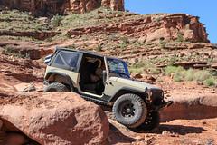 moab-106 (LuceroPhotos) Tags: utah jeeps moab cliffhanger jeeping