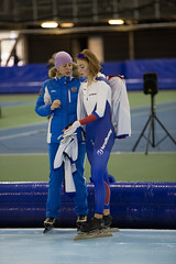 A37W0514 (rieshug 1) Tags: ladies sport skating worldcup groningen isu dames schaatsen speedskating kardinge 1000m eisschnelllauf juniorworldcup knsb sportcentrumkardinge worldcupjunioren kardingeicestadium sportstadiumkardinge