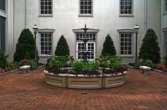 St Paul's Courtyard (ANC'N'VA) Tags: church st paul virginia pentax 28mm courtyard richmond fountian episcopal stpaulsepiscopal
