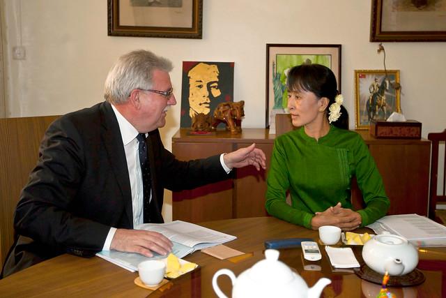 European Parliament delegation meet Sakharov laureate Aung San Suu Kyi