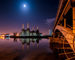 Battersea Power Station London (vulture labs) Tags: street new city uk bridge pink blue light england sky urban moon colour reflection building london tower art water station thames skyline architecture modern night clouds river stars landscape photography photo nikon europe long exposure chelsea industrial cityscape power angle post britain united capital great fine wide perspective smooth surreal kingdom full galaxy photograph processing londres moonlight floyd battersea londra embankment vauxhall batterseapowerstation londen lightroom waterscape londonskyline lr4 d700 1424mm mostviewedonflickr vulturelabs lightroom4 top10onflickr topphotoonflickr