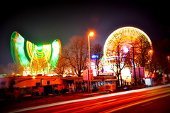 magic wheels (redglobe*) Tags: light colour bulb night germany licht roundabout carousel timeexposure lux karussell mnster carrusel lumen sendmnster