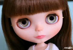 Rosie's green handpainted eyechips :)