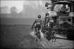 traditional Roubaix traffic jam (kristof ramon) Tags: france training cycling hell cobbles pav recon parisroubaix procycling bmcracingteam thehellofthenorth teambmc kramon kramonbe